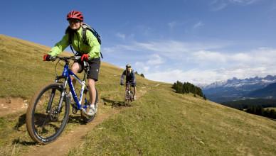 Location: Rosengarten - Latemar (Italy) Riders: Kurt Resch, Camilla Toniolo, Norbert, Maria Photo: Marco Toniolo