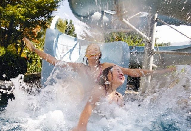 Hotel Feldhof - Spaß für Kinder auf Rutsche