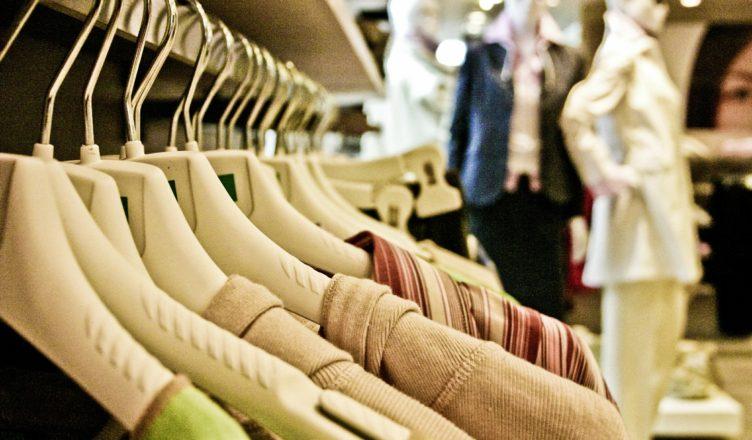 Shopping in Meran mit Helga Jung