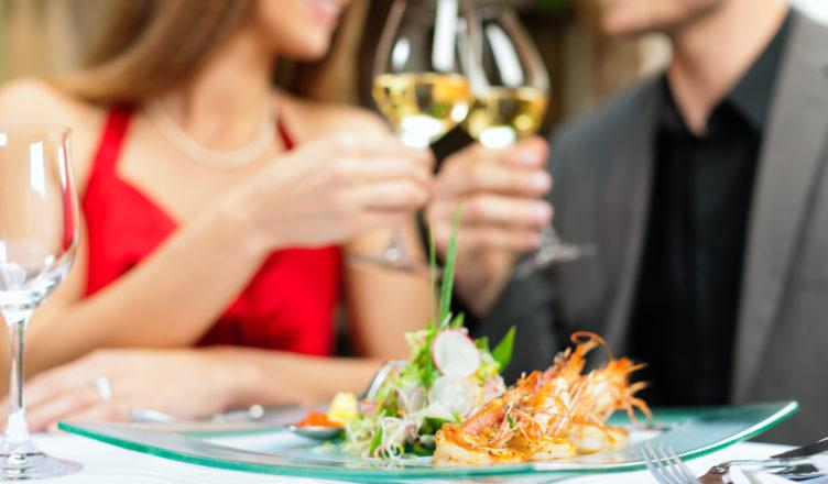 Abendessen oder Mittagessen in Restaurant