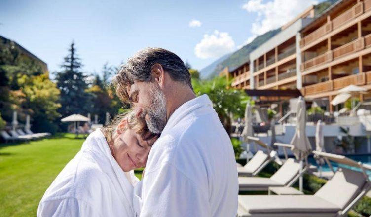 Flitterwochen Südtirol dank der Feldhof Hochzeitsreise Angebote