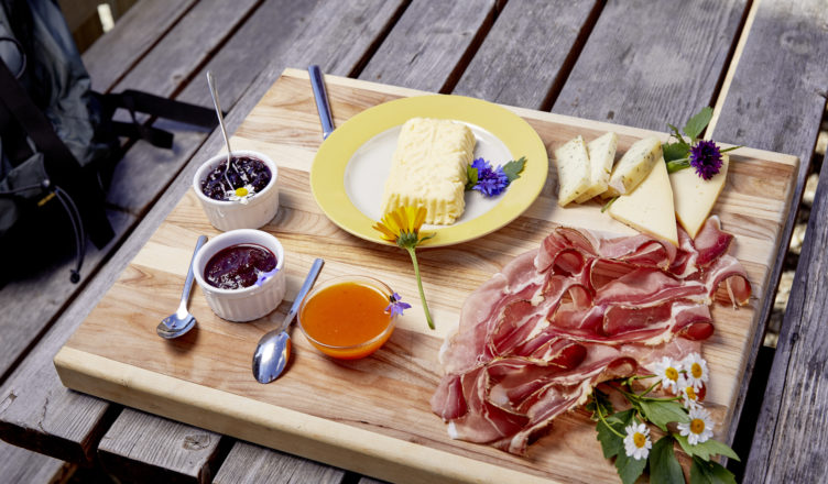 Speck & Käse im Gourmethotel Feldhof